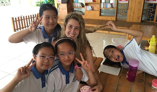 Jobs teaching english in China's high schools
